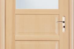 ajtok-szine