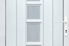 bejárati ajtó üveges kivitelű