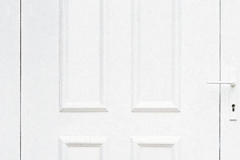 bejárati ajtók üveges