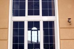 ablak-uveg-kozotti-alosztoval