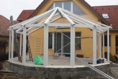 Télikert építés Pomázon