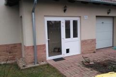 terasz beépítés macska bejáróval